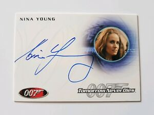 Rittenhouse Archives James Bond Autograph Card A172 Nina Young