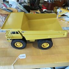 Catapillar Conrad West Germany Dump Truck 1:50 mod. 2725 (789) (lot#11385)