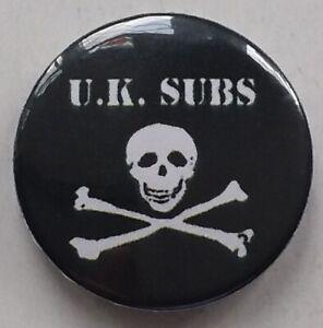 U.K. SUBS BUTTON BADGE Born A Rocker Dia A Rocker Punk Rock Brand New World UK
