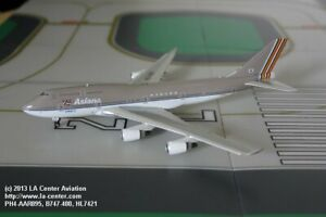 Phoenix Model Asiana Airlines Boeing 747-400 Old Color Diecast Model 1:400