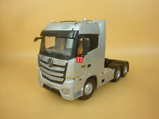 1:24 China Foton Auman EST -A Truck Tractor Diecast Model