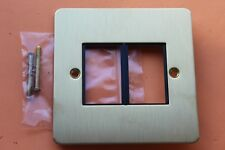 MK Edge K14172BBR B 1G Twin LJU6C Data Frontplate Brushed Brass/Black Flatplate