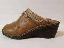UGG Australia Women's sz 7 Mules Clogs Slides Leather