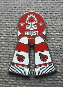 NOTTINGHAM FOREST FC  - ENGLAND - RED & WHITE BAR SCARF - REMEMBRANCE POPPYS PIN