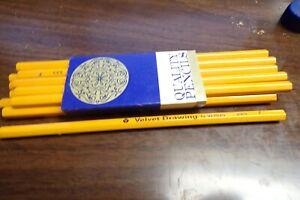 One Dozen 12 Vintage Venus Velvet  880-F Art Drawing Pencils NEW NOS USA