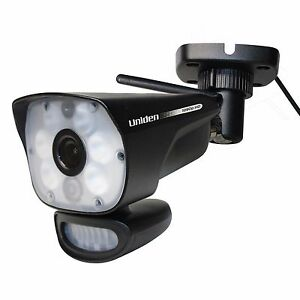Uniden ULC58 Wireless LightCAM Security Camera w/ Night Vision & Motion Sensing