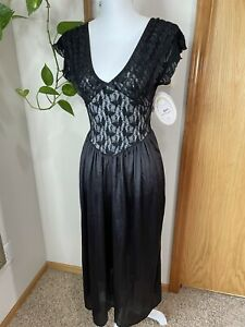 NWT 1980s Vintage Cinema Etoile Black Stretch Lace Nylon Skirt Night Gown Petite