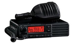 Motorola VX-2200 D0-50 VHF Commercial 128Ch. Mobile 2-Way Radio