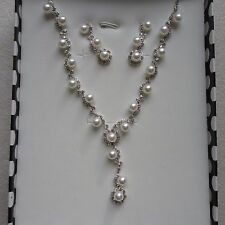1 x Beautiful & Elegant Pearl Diamonte Necklace Set Silver & Gold Free Gift Box