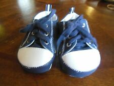 Baby Deer Boys Lace-up Crib Shoes Sz 2, EUC, Navy White Look New!