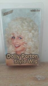 Dolly Parton Style Wig by Smiffys
