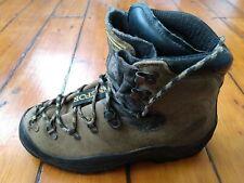 La Sportiva Mountaineering / Hiking Boots Size UK 7 EU 41 Tan