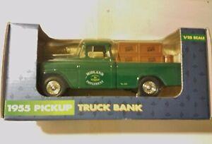 Ertl Chevy 1955 Pickup Truck Deere & Company Chevrolet 1:25 Scale Die Cast
