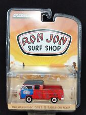 Greenlight VOLKSWAGEN TYPE 2 DOUBLE CAB RON JON SURF SHOP VW Truck w/ Surfboards