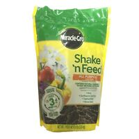 Shake & Feed, Miracle-Gro, 8 LB Refill Bag, 12-4-8, All Purpose Plant Food