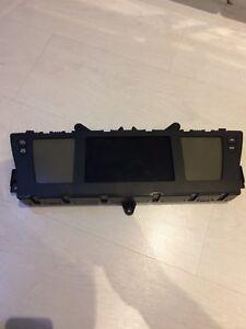 Citroen C4 Picasso Exclusive Instrument Cluster Display Speedo