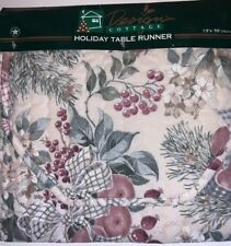 Design Cottage Holiday Table Runner 13 X 70 33cm X 178cm Winter Bouquet NEW