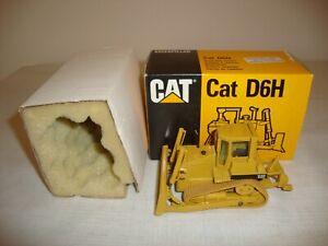 CONRAD 2851 CAT D6H TRACK TYPE TRACTOR - NR MINT in original BOX