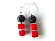 A Sign *Black Coral N°3* Lava & Koralle-Würfel 925 Silber Ohrhänger Schwarz/Rot
