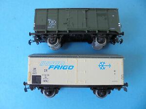 Piko H0 alt - Zwei geschlossene Güterwagen - gebraucht
