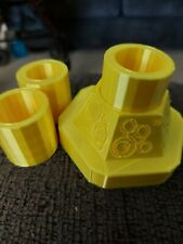 New listing Doctor Who sonic screwdriver Holder/Stand 3d printed 3 inserts in silk yellow