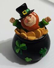 "St. Patrick's Day Leprechaun in Pot of Gold Figurine Shelf Sitter 4.75"" New"