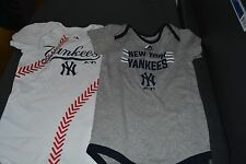 Majestic MLB Infant New York Yankee Bodysuit Creeper 2-Piece Set New 24 Months