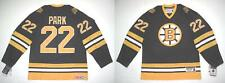 CCM BOSTON BRUINS VINTAGE 1977-78 BRAD PARK HEROES OF HOCKEY JERSEY SMALL
