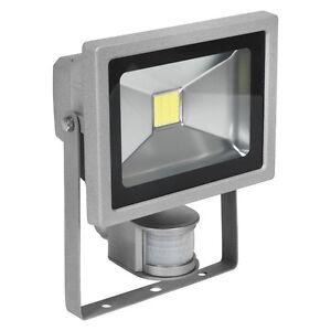 Sealey LED120S LED Chip Floodlight with Wall Bracket & PIR Sensor 20W 230V
