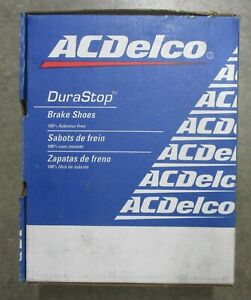 BRAND NEW AC DELCO REAR BRAKE SHOES 14657B / 657 FITS VEHICLES ON CHART