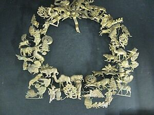 """Vtg Large Petites Choses All Holiday Wreath 16"""" Dresden Brass wreath 70 Fig"""