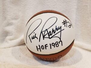 BEAUTIFUL Rick Barry HOF 1987 AUTO'D Mini Basketball, Golden State Warriors NICE