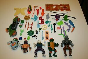Playmates Vintage HUGE LOT TMNT Turtles Playset Weapons Belts Accessory Figure
