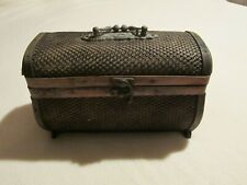 small treasure chest,box with lid & latch. Mesh covered wood, bamboo trim.