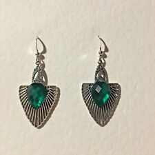 EGYPTIAN ART DECO STYLE SILVER PLATED DROP EARRINGS GREEN FACETED STONE  HOOK