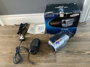SAMSUNG VP-W80 CAMCORDER 8MM Analogue Video Camera VIDEO8 TAPE BOXED