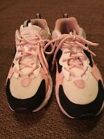 Womens Fila athletic shoes size 7.5