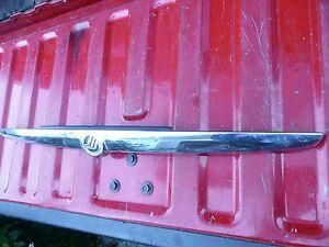 01-02-03-04-05 MERCURY SABLE LS CHROME TRIM PIECE ON DECK LID