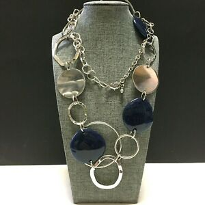 New CHICO'S Navy Blue Silver Disc STATEMENT NECKLACE Long Hammered Chain RR113o