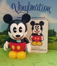 "Disney Vinylmation 3"" Park Set 1 Cast Chaser Mickey Mouse Pie Eyed with Card"