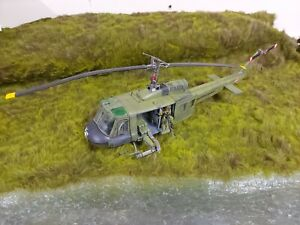 COLLECTORS SHOWCASE WORKS WITH KING AND COUNTRY HUEY HELICOPTER READ DESCRIPTION
