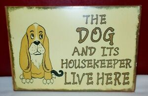 VTG Bassett Hound THE DOG & ITS HOUSEKEEPER LIVE HERE WALL PLAQUE SIGN Decor +