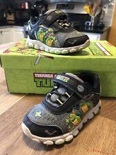 Boy's Teenage Mutant Ninja Turtles Light Up Sneakers Black/Green Size 7 - GUC!!!