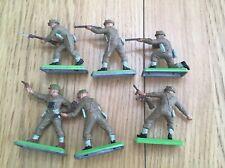 Britains Deetail British WWII, 6 figures. Various posses.