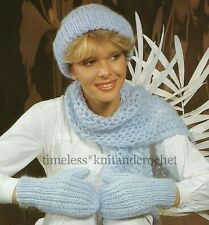 VINTAGE KNITTING PATTERN FOR WARM & COSY HAT, SCARF & MITTENS / MITTS in CHUNKY