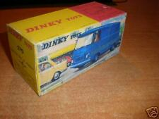 Dinky #570 Fourgon Tole J7 Peugeot    BOX ONLY !!