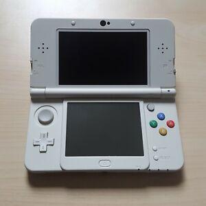 New Nintendo 3DS Konsole Weiss Weiß mit Ladekabel und Stift (schöner Zustand)