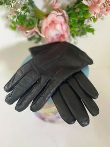 Vintage Ladies Fownes Cashmere Lined Leather Gloves Black Leather  Size Small