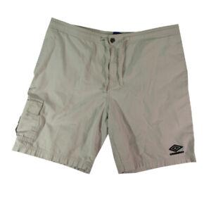 Umbro shorts men's medium Light Beige comfort-waist ripstop material cargo