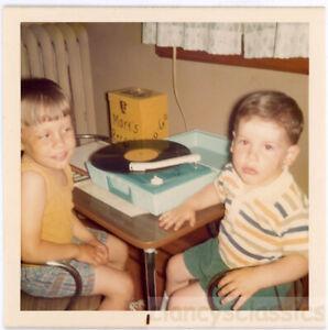 1970 Mark Rock n Roll Record Player A Go Go Case Music Boys